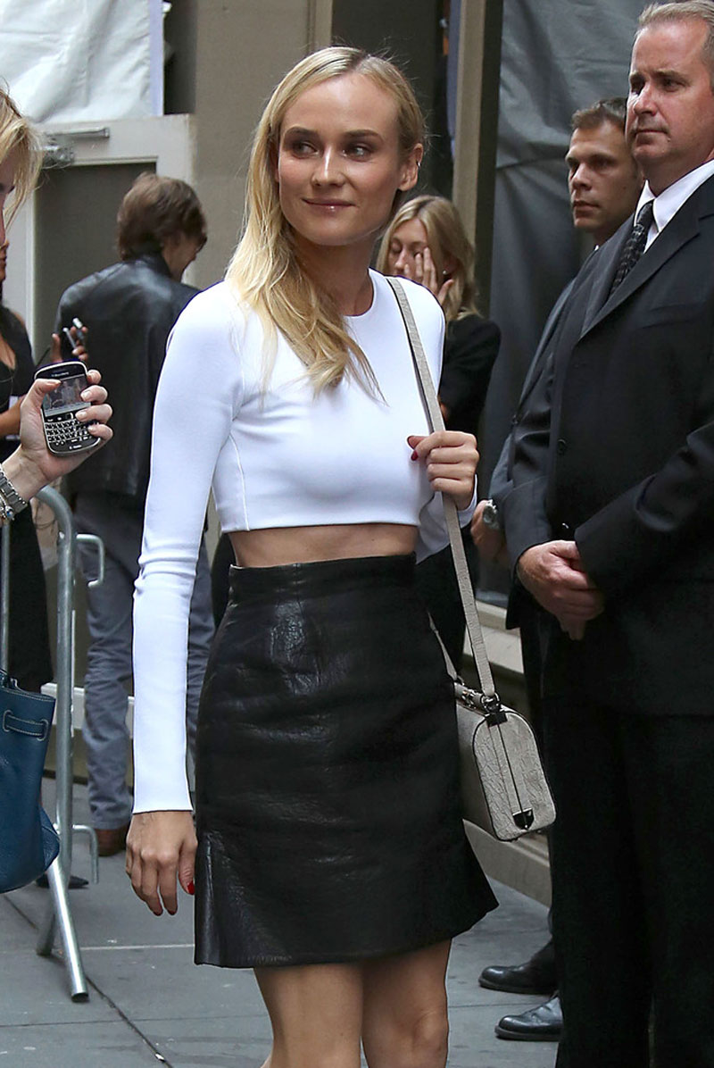 DIANE-KRUGER-at-Calvin-Klein-Fashion-Show-in-New-York-7