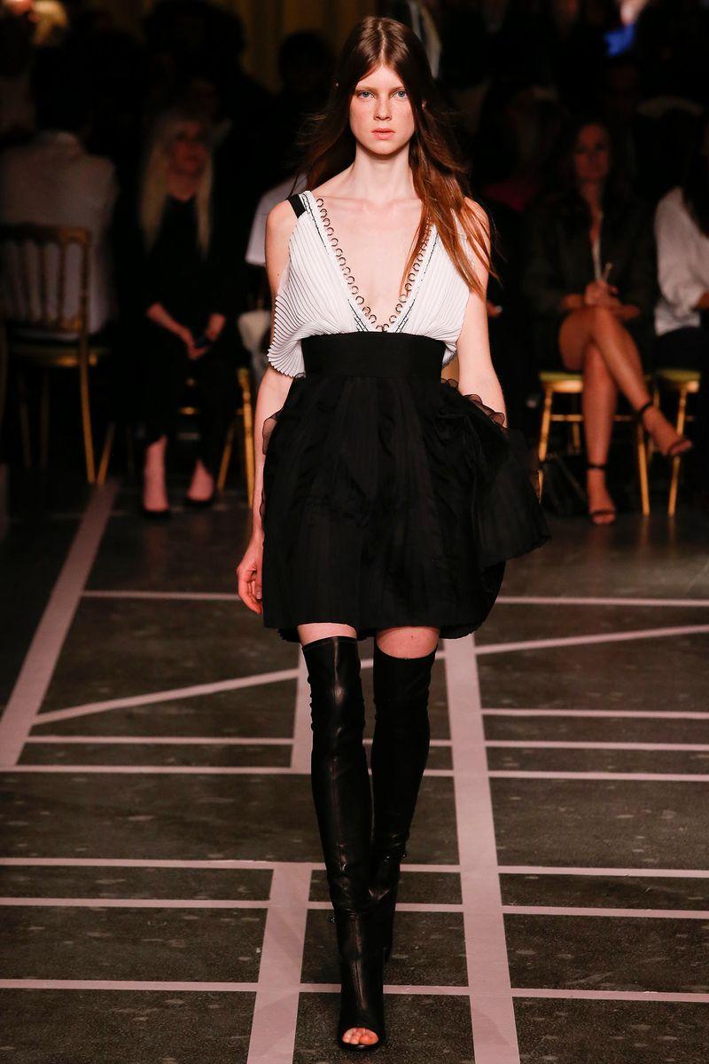 Givenchy VI